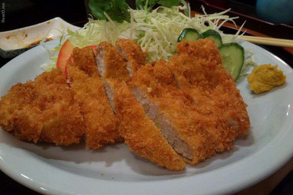 Tonkatsu (milanesa de porco) - Shin Zuzhi