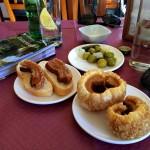 Hoyos del Espino, Bar Gredos, coscorões sensacionais